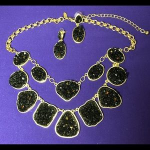 2Pc SET: Black Druzy, Gold Stmnt Necklace/Earrings